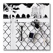 小物ハンガー「駅フェンス越しの遊具」